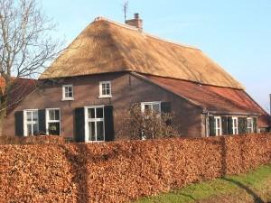 Тухлена къща